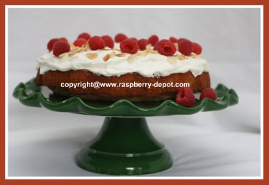 Raspberry Cake - Almond Cake with Fresh Rasbperries