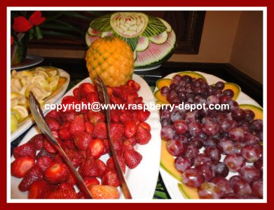 Ideas for Presenting Fruit Platters/Garnishing