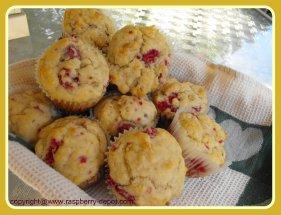 Homemade Raspberry Banana Muffins Recipe