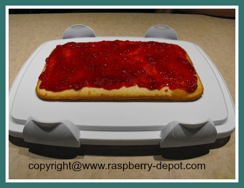 Making a Raspberry Cake How to