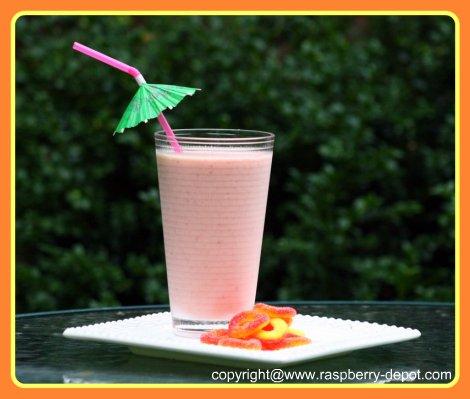 Homemade Raspberry Peach Smoothie Recipe