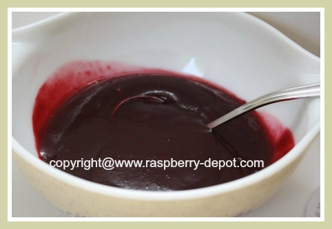 Raspberry Sauce Made at Home