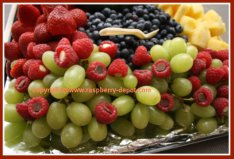 Easiest Idea for Garnishing a Fruit Tray