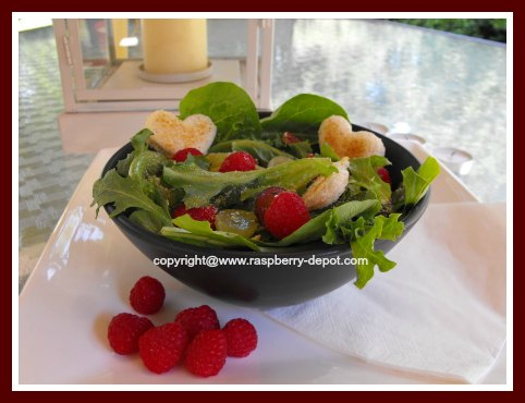 Lettuce Salad with Fruit Raspberries, Grapes and Pecans
