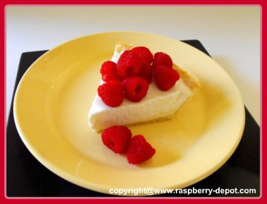 Homemade Raspberry Cheesecake Recipe - Light Cheesecake