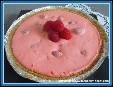 Homemade Raspberry Cream Pie