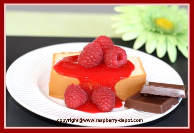 Homemade Raspberry Sauce on Pound Cake