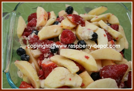 Making a Sugar-Free Cobbler with Apples, Strawberries, Raspberries and Blueberries